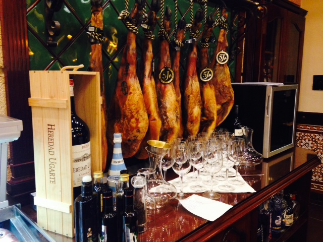 Jamon and bar