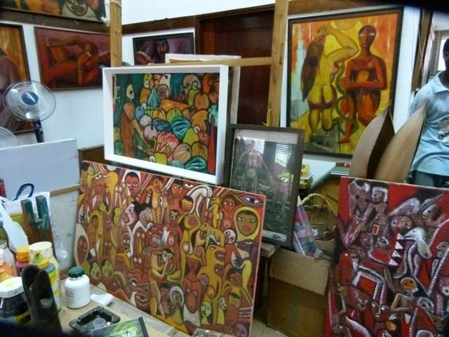 Gallery Paintings Close