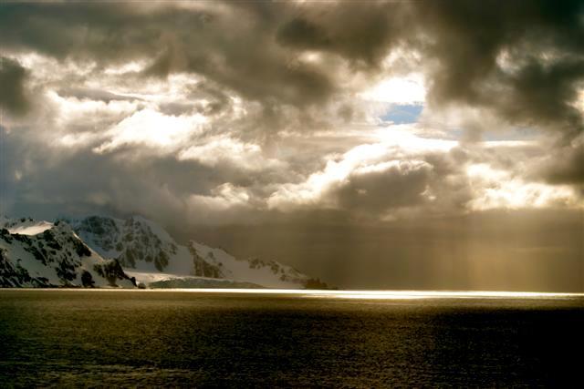 Half Moon Bay Deception Island (58)