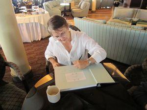 Susie Signing