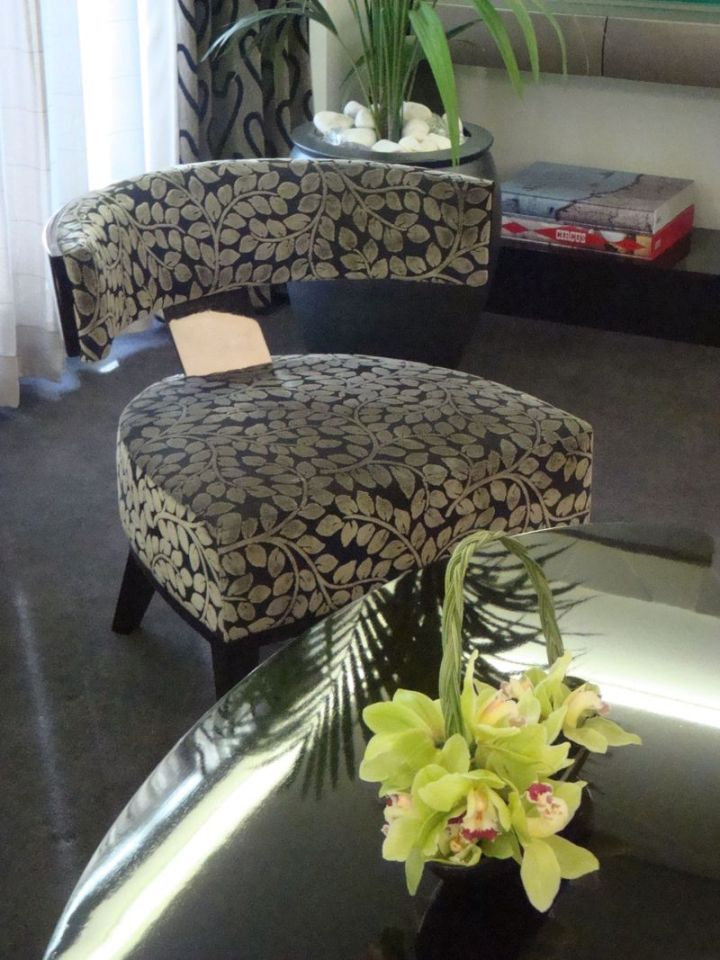 Oceania Suite Chair