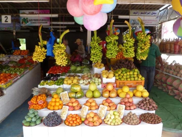 Fujairah Fruit Stand 2