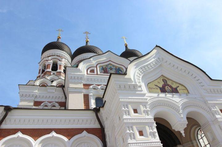 IMG_4399vcA Nevsky Cathedral