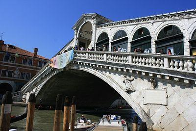 6 Rialto Bridge
