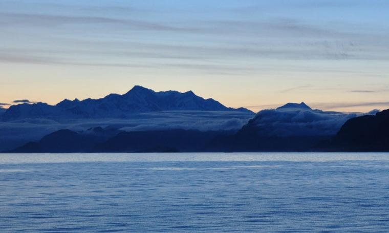 091616-alaska-nightfalls-wide