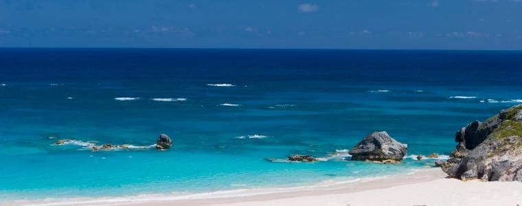 Horseshoe Beach in Hamilton, Bermuda