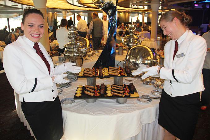 tea-time-at-oceania-cruises-2