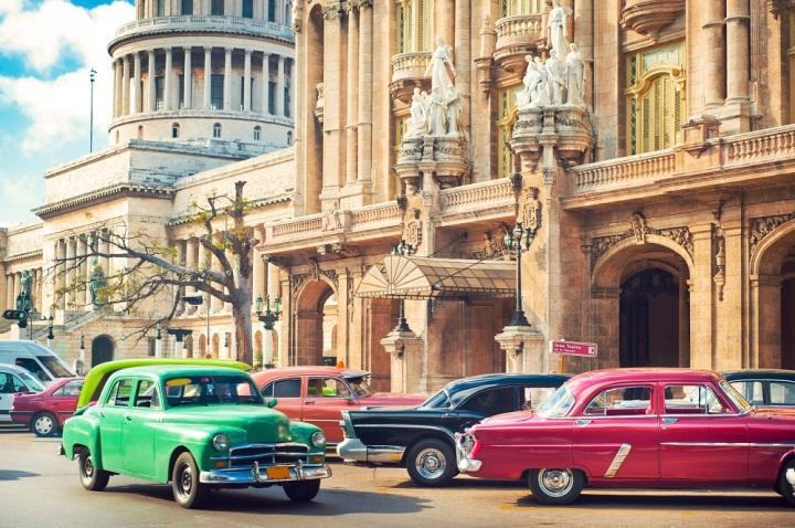 cuba classic cars.jpg